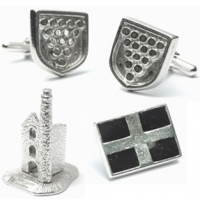 <span>Made from Cornish Tin mined at South Crofty. These Gift ideas are great for anyone with Cornish links. All gift boxed.<br /><br />The Cornish Pewter Trinket Box is made by&nbsp;<span>Edwin Blyde &amp; Co Ltd was established in 1798.&nbsp;</span><span>Pewter is a metal made mostly from tin.</span></span>