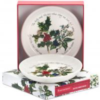 Ideal for the Christmas season, the classically designed The Holly and the Ivy collection by Portmeirion will make a statement at any festive occasions from dinner parties to informal get-togethers. <br /><br />Featuring a botanical illustration of holly, perfectly synonymous with Christmas time, this green and red collection is a wonderful accompaniment to your yuletide celebrations.<br /><br />This striking collection features tableware, cookware, serving pieces, gifts and accessories to make cooking and eating a jolly occasion.