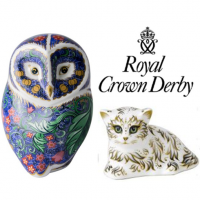 "<span style=""color: #ff0000;""><strong>DISCOUNTED PAPERWEIGHTS</strong> </span><br />     Introduced in 1981, this collectable range is characterised by a contemporary style combined with the appeal of bright Imari colours. Each item in the range is hand-decorated and finished with hand-applied gold and each piece created is subtly different and therefore absolutely unique. Every year there are new additions to the range and some of the older pieces are retired to become sought after on the secondary market. All still 'Made in England'. <br />     No extra charges on normal retail price to send anywhere in Uk. Worldwide despatch also available."